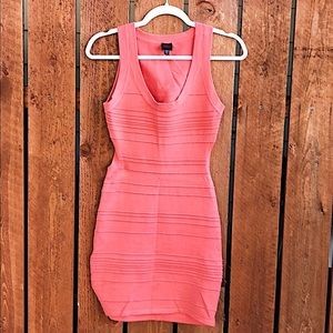 BeBe - Coral Bodycon Bandage Dress - Medium